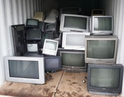 TELEVISORE VECCHIO
